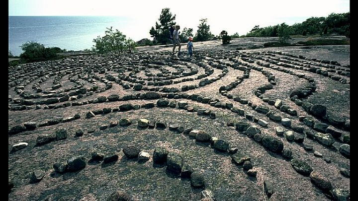 Isla maldita en Bla Jungfrun – Mar Báltico