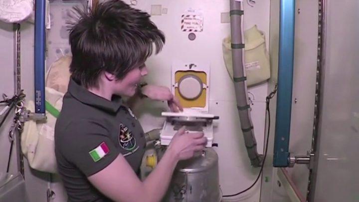 El gran desafio de ir al baño en el espacio