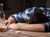 ¿Qué es el alcoholismo?, causas y efectos