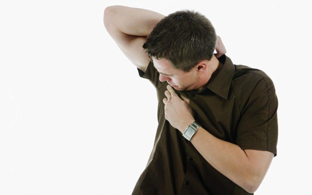 El ácido bórico sirve para combatir el mal olor de axilas